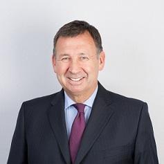 Stephen Hewitt